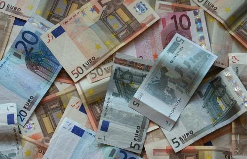 sfondo-banconote-euro-soldi-pdi-421