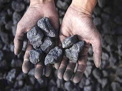Sostituire il gas con il carbone per ridurre le bollette elettriche